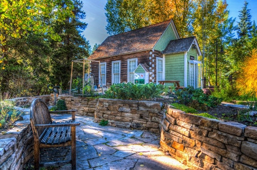 5 Tips to Renovate Your Garden and Create Your Own Whimsical Place