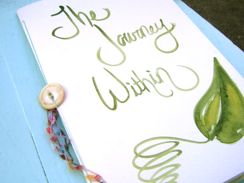 Join me on a journaling journey in 2016 with Kiala Givehand! Clcik here to learn more http://www.kialagivehand.com/blog/category/blog-hop-dec-2016