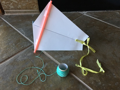 Celebrate the spring winds with some Wings, Worms, and Wonder kite flying creative nature connection fun! Click to learn how to make your own kites!